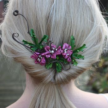 Tangled haircomb in dark pink