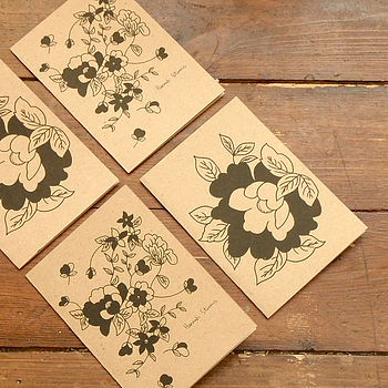 Vintage Flowers Set Of Four Note Cards