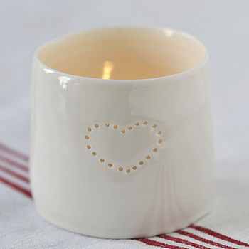 Porcelain Single Heart Tealight