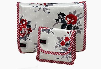 Oilcloth Vintage Inspired Toiletry Bag Set