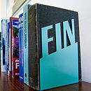 'Fin' Bookend
