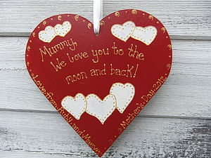 Mum's Personalised Keepsake Heart - gifts for children to give