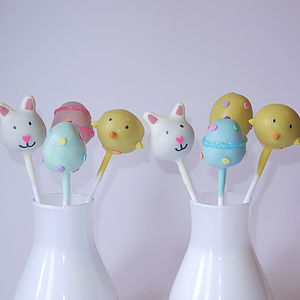 Easter Cake Pops - cakes & treats