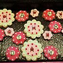 'Happy Mother's Day' Flower Biscuits
