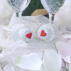 Wedding Cake Pops - wedding favours