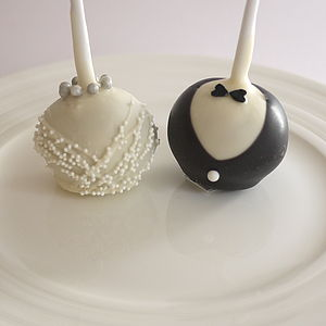 Bride & Groom Wedding Cake Pops - edible favours