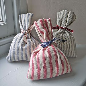 Lavender Bag - wedding favours