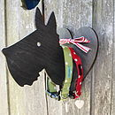 Hound And Heart Peg Lead Hanging Plaque