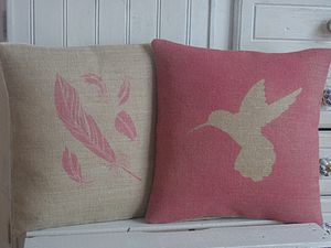 ' Hummingbird ' Cushion