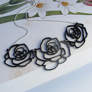 Small Rose Garland Necklace