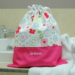 Girls Personalised Child's Wash Bag - bathroom