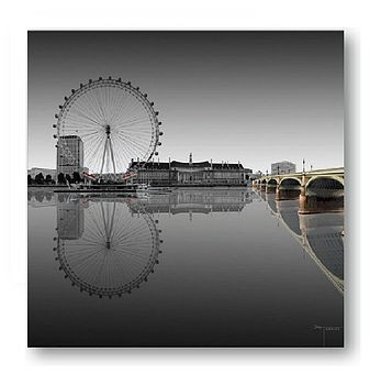 London Eye Print On Glass