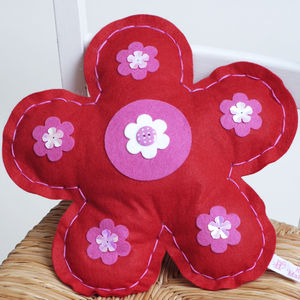Felt Flower Sewing Craft Kit In Red Girls Gift