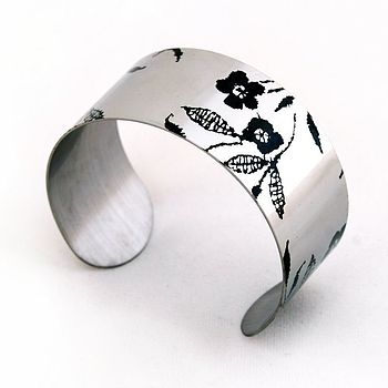 French Lace Pattern Stainless Steel Mid Cuff