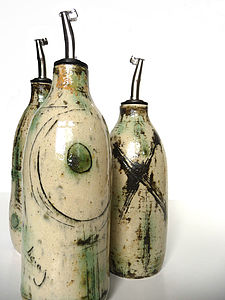 Grasping the Orient Oil Pourer - jugs & bottles
