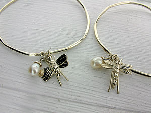 Silver Dragonfly Or Bee And Gemstone Bangle