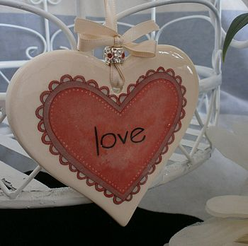 'Mum' Ceramic Hanging Love Heart