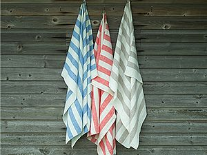 Classic Striped Linen Bath Towel Philippe - bathroom