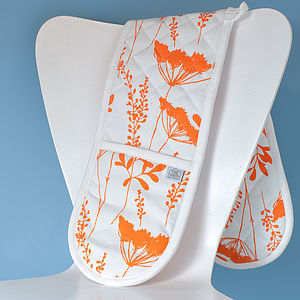 Cow Parsley Design Oven Gloves - kitchen accessories