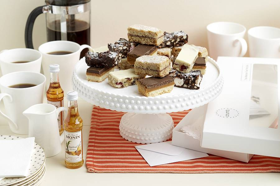 Coffee Shop Gift Box - Coffee, Cakes and Syrups