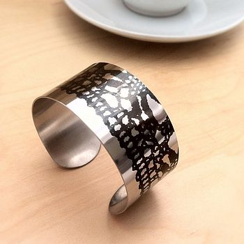 Vintage Lace Motif Stainless Steel Mid Cuff