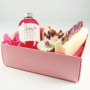 Indulgent Pamper Me Pack - bath & shower