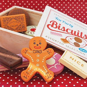 Family Favourites Wooden Biscuits - keepsakes
