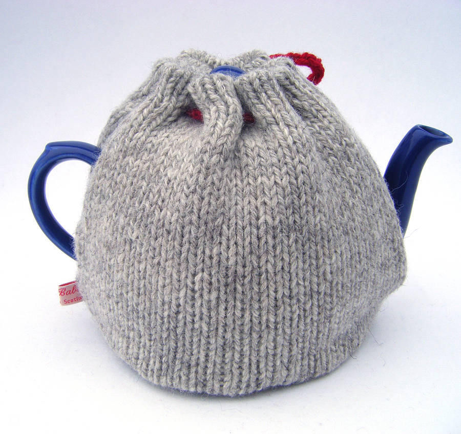 pure wool heart knitted tea cosy by my baboo. Black Bedroom Furniture Sets. Home Design Ideas