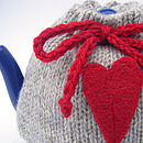 wool heart tea cosy detail