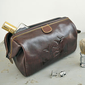 Rutting Stags Brown Leather Washbag