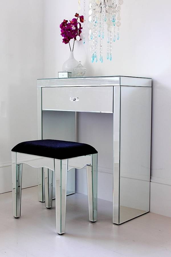 Dressing Table Small Space Designs