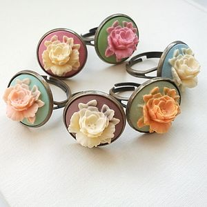 Vintage Inspired Cameo Ring - rings