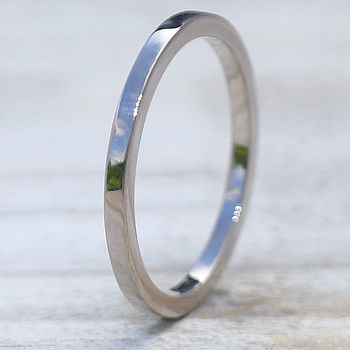 Slim Wedding Ring In 18ct Gold Or Platinum