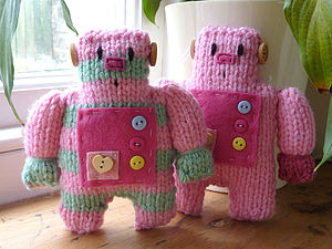 Little Robot Easy To Knit Kit - knitting kits