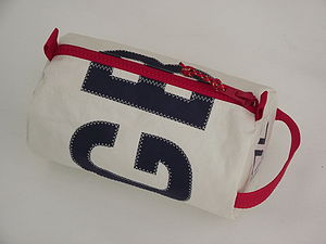 GBR Sailcloth Wash Bag - men's grooming & toiletries