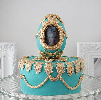 Baroque Cameo Egg Cake