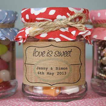 18 'Love is Sweet' Favour Stickers
