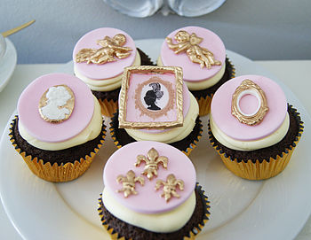 Six Baroque Chocolate Cupcakes
