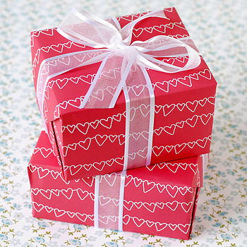 Recycled Red & White Heart Wrapping Paper Set