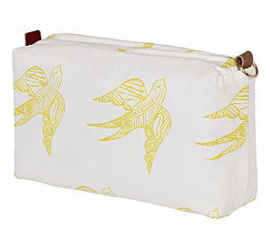 Katia Wash And Cosmetic Bag Now 35% Off - bags & purses