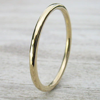Slim Hammered Wedding Ring In 18ct Gold