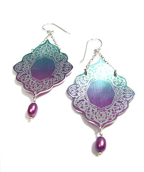 Cameo Ornament Drop Earrings