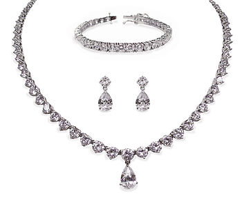 Imperial Three Piece Jewellery Set