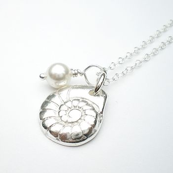 Tiny Round Silver Shell Pendant