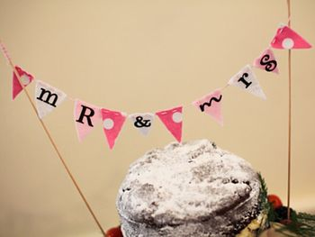 'Mr & Mrs' Bunting Cake Topper