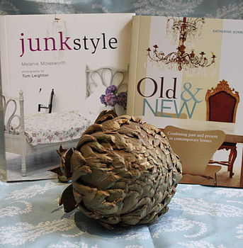 Old And New Decorating Book