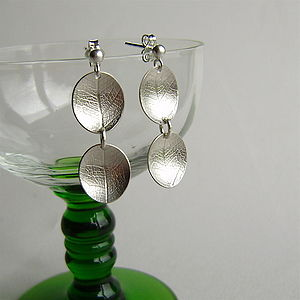 Oval Dish Two Leaf Drop Earrings