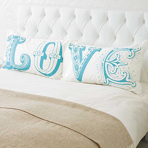 'Love' Pillowcase Set - 2nd anniversary: cotton