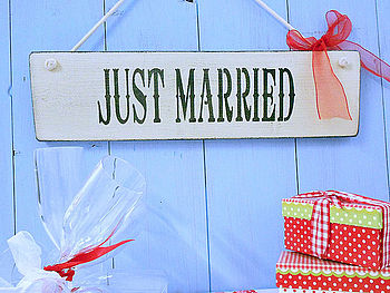 'Just Married' Painted Wedding Plaque