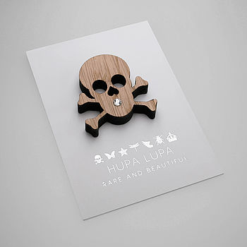Oak Skull Icon Brooch with Clear Crystal